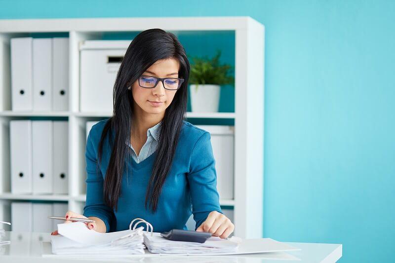 副業アフィリエイトで初心者が稼ぐ始め方【ブログ収入の仕組みや副業バレは?】
