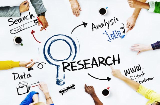 ロングテールキーワードとは?SEOの流入を増やす方法とツールを使った探し方を解説