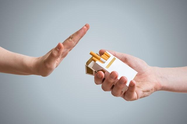 喫煙率が低い