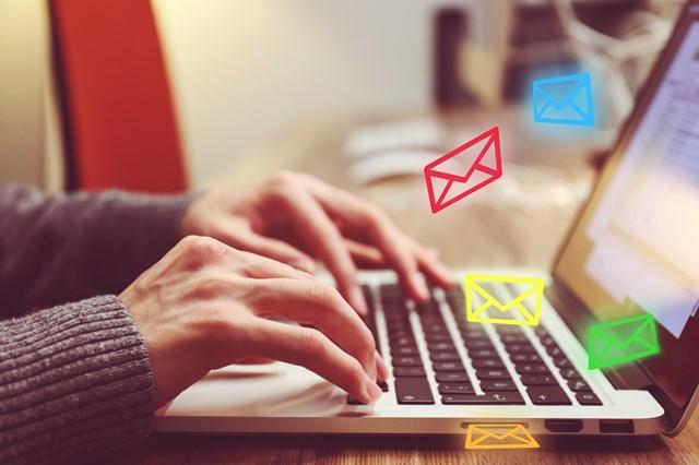 メール機能が使える仕組み
