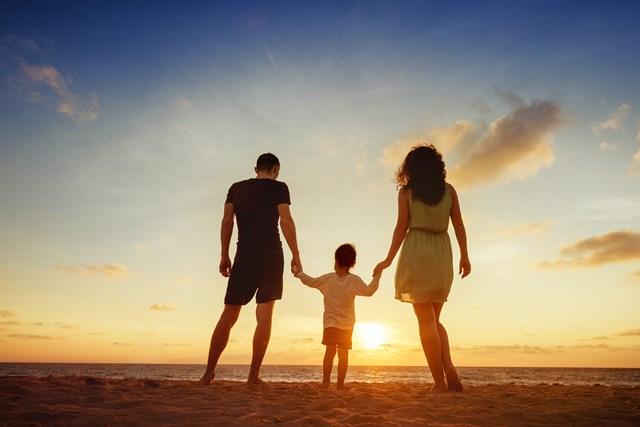 仕事のせいで家庭崩壊寸前だった私が 18ヶ月後に独立できて、家族を笑顔にできたワケ
